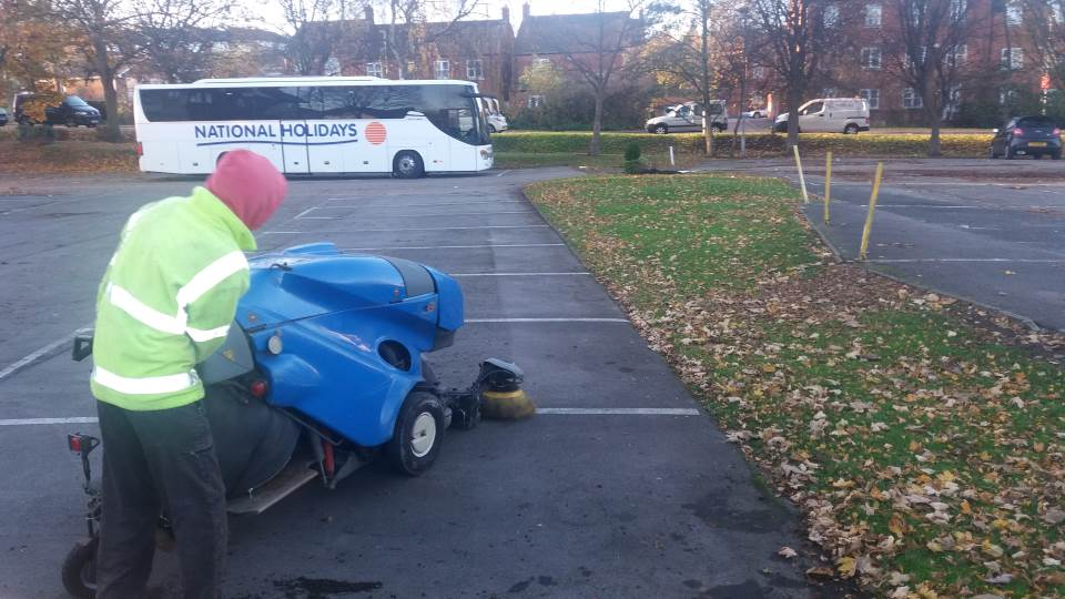 Grounds Maintenance - Cap Parks - Road Sweeper